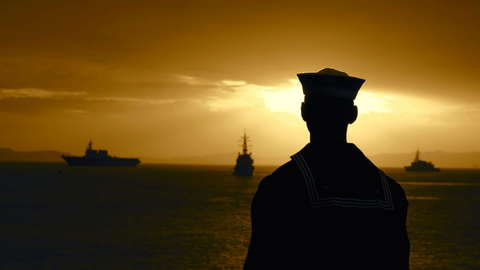 Sailor at Sunset_Fleet Sheets