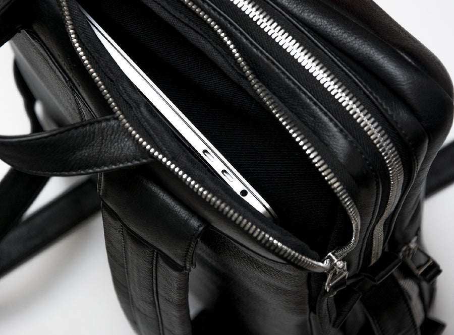 Isolated & Padded Laptop Zip Pocket
