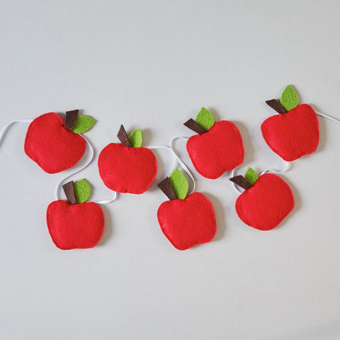 Cute felt apple bunting, red apple garland, baby decor, nursery hanging