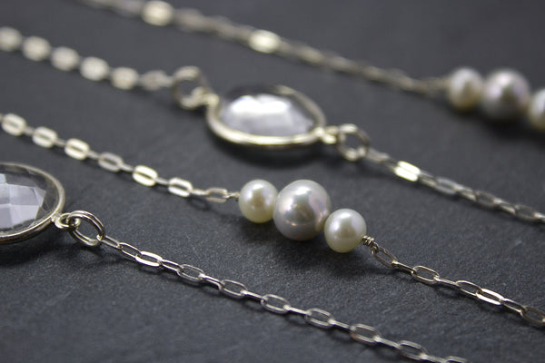 Chain with rock crystals and freshwater pearls