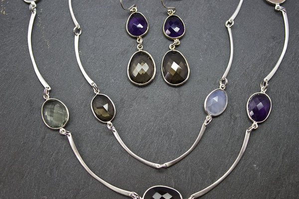 Necklace with semi-precious stones and silver twig bars