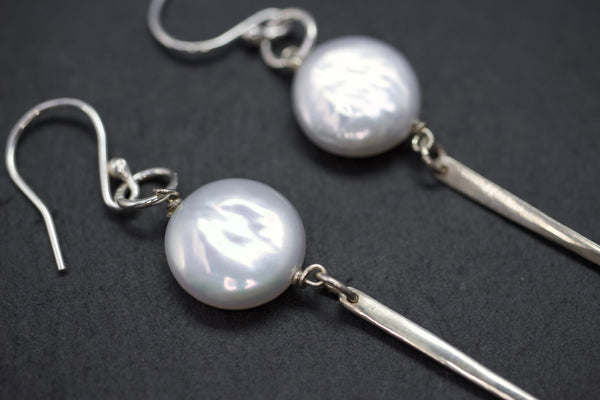 Earrings with coin pearl and silver bar drop