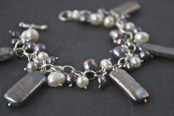 Bracelet with grey rectangular freshwater pearls