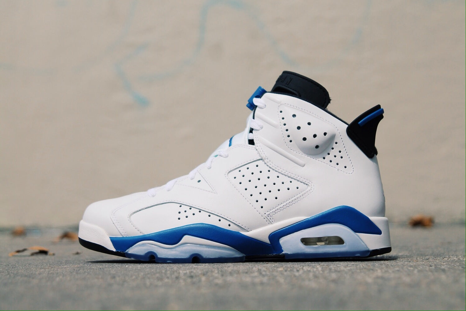 buy popular ae64e d53e7 RELEASE REMINDER: NIKE AIR JORDAN 6 RETRO -