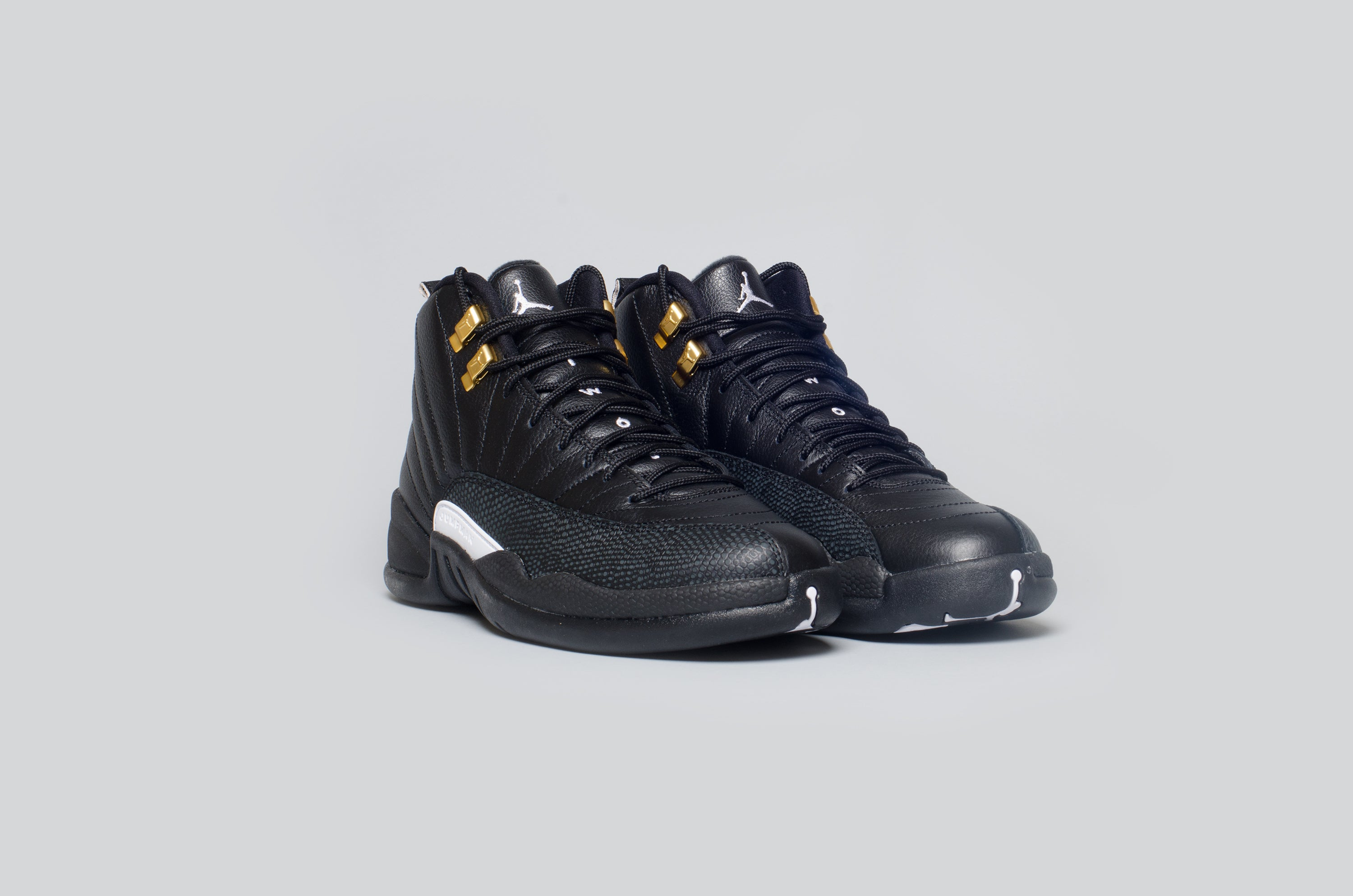 Air Jordan 12 The Master Alumni 4