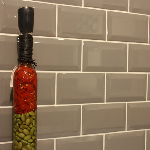 Metro Wall Tiles for Kitchens with Spice Bottle - Cement 7.5 x 15