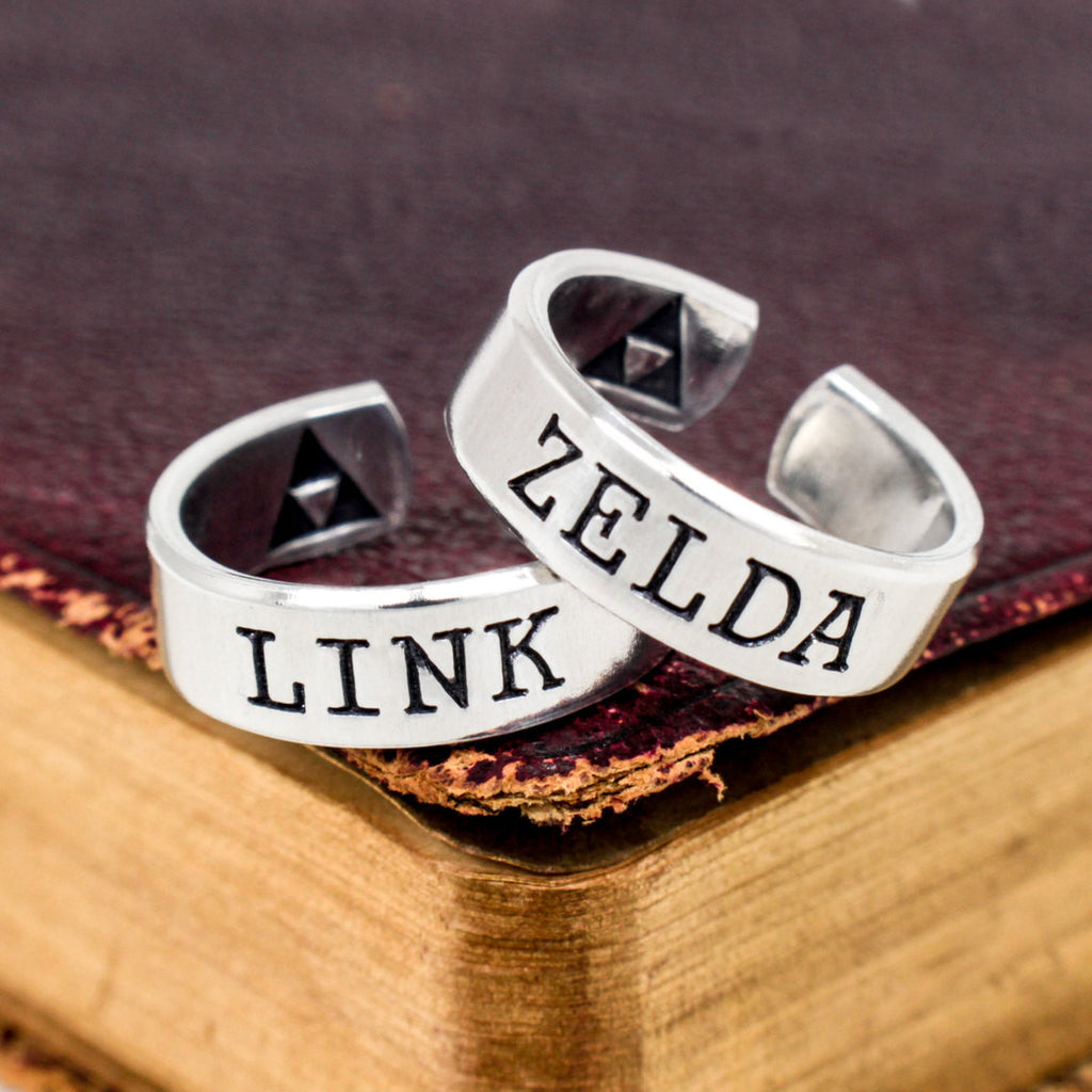 Link and Zelda Ring Set - Legend of Zelda - Triforce - Best Friends - Couples Ring Set - It Came From the Internet