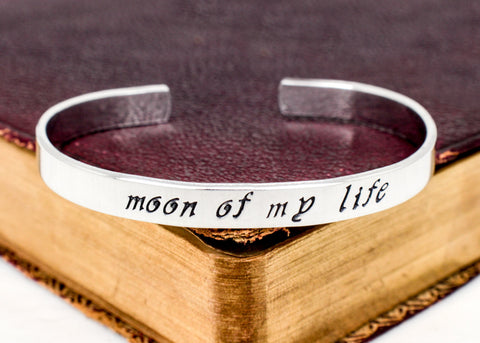 Moon of My Life - Game of Thrones - Heart and Moon - Aluminum Bracelet - It Came From the Internet