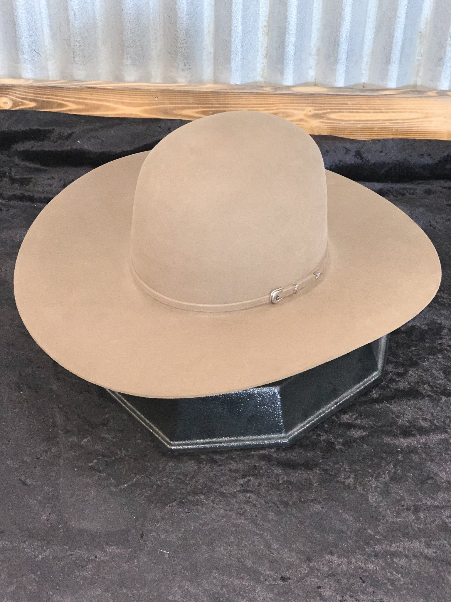 "Rodeo King Tan Belly 7X - 41/2"" brim"