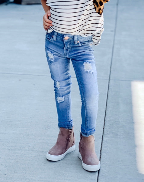 Light Distressed Denim Jean