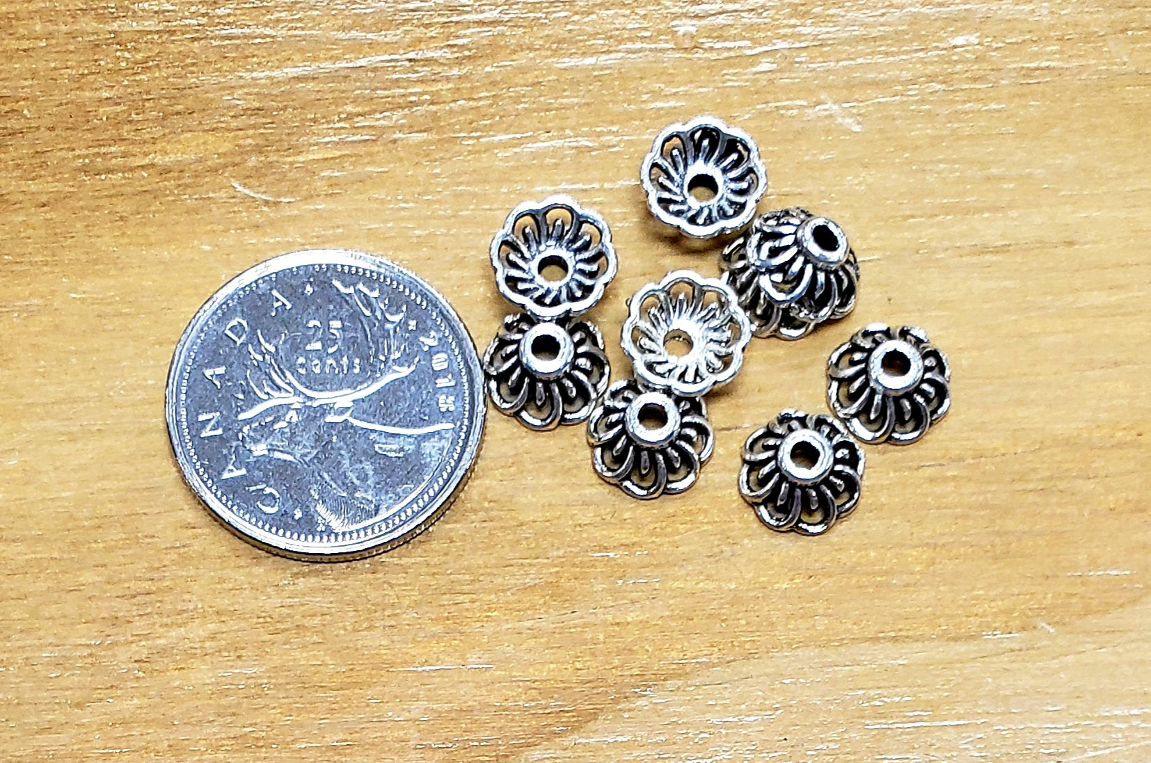 Daisy Shaped Silver Tone Bead Cap