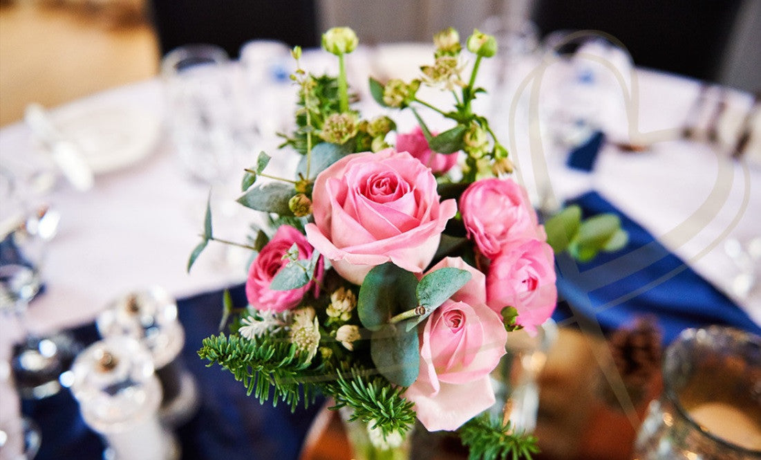 Pink Rose wedding table decoration.