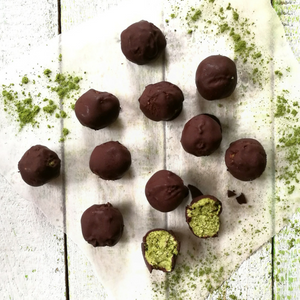 Matcha, kiwi and lime bliss balls