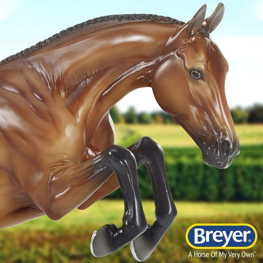 Breyer Traditional 1:9 Scale Model Horse | Voyeur Champion Show Jumper