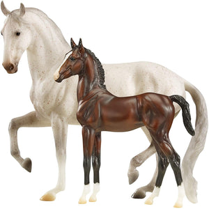 Breyer Traditional 1:9 Scale Model Horse Set | Stallion Favory Airiella & Dam