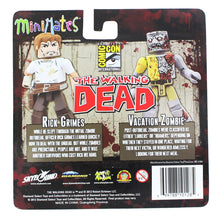 Load image into Gallery viewer, The Walking Dead Exclusive Minimates 2 Pack - Rick Grimes & Walker