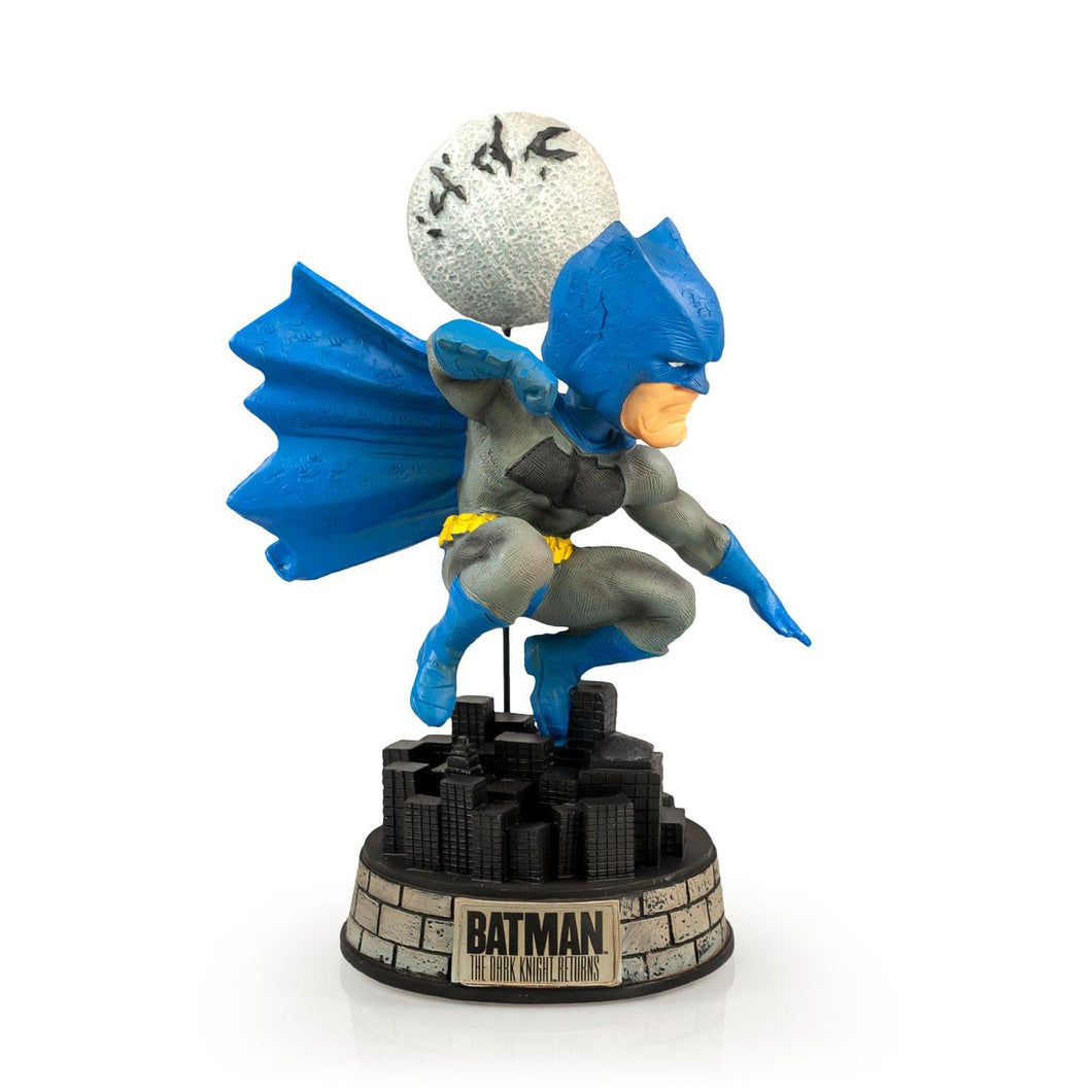 EXCLUSIVE Batman Bobblehead | Features Batman's Superhero Pose | 8