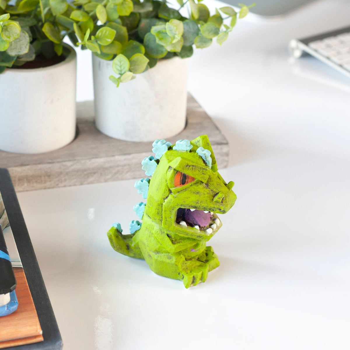 Nickelodeon Exclusive Glow in Dark Reptar Eekeez Figure