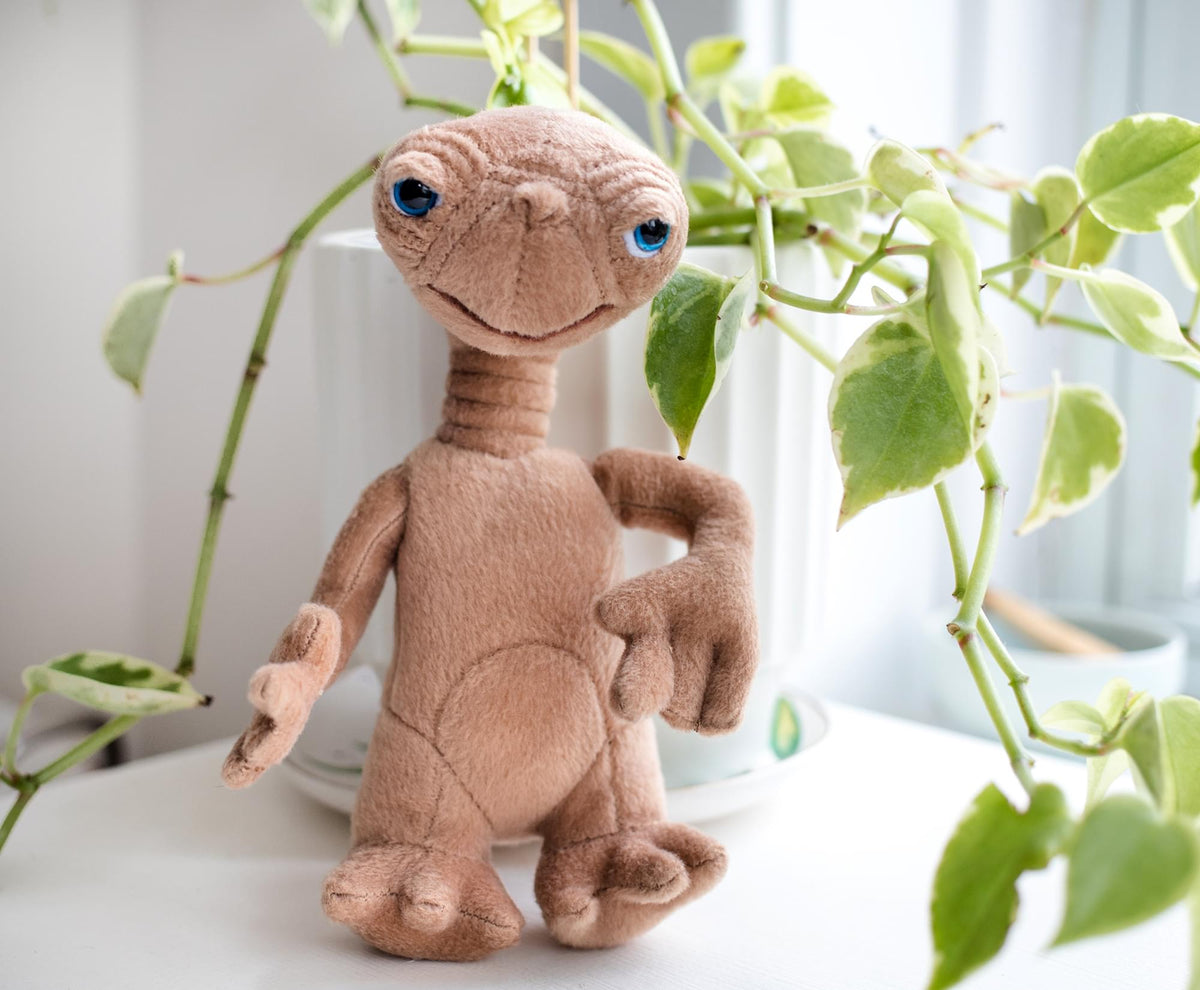 E.T. The Extra Terrestrial 8 Inch Stuffed Character Plush