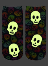 Load image into Gallery viewer, Living Royal Glow In the Dark Ankle Socks: Neon Skulls
