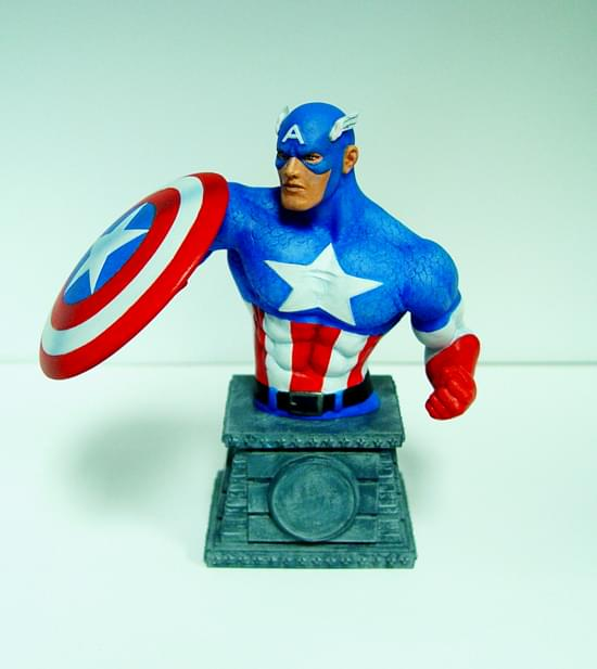 Marvel Captain America Bust Paperweight