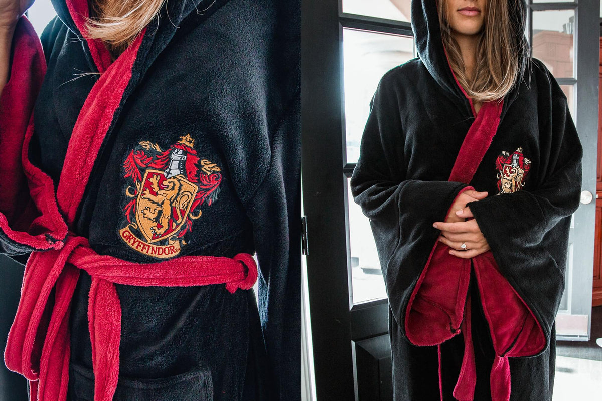 Harry Potter Gryffindor Hooded Bathrobe for Adults | One Size Fits Most