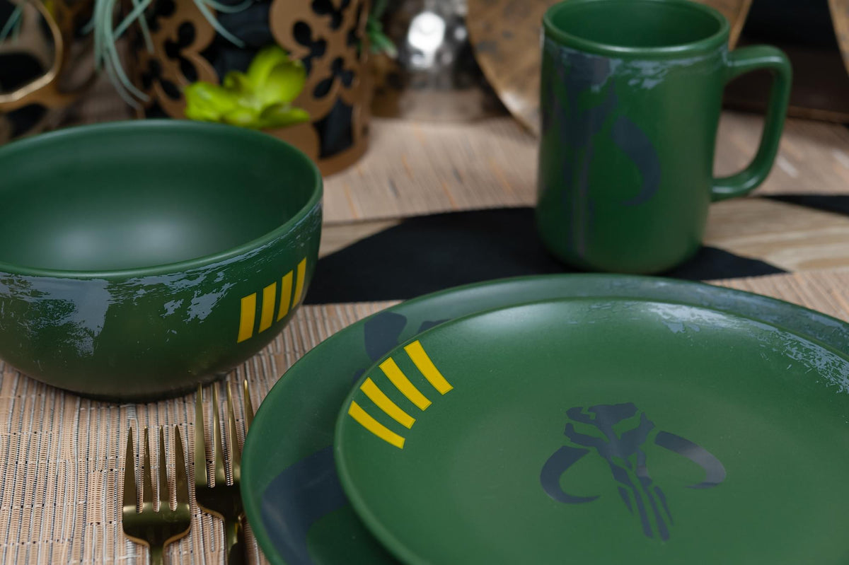 Star Wars Boba Fett Mandalorian Stoneware Plates & Bowl Collection | 4-Piece Set