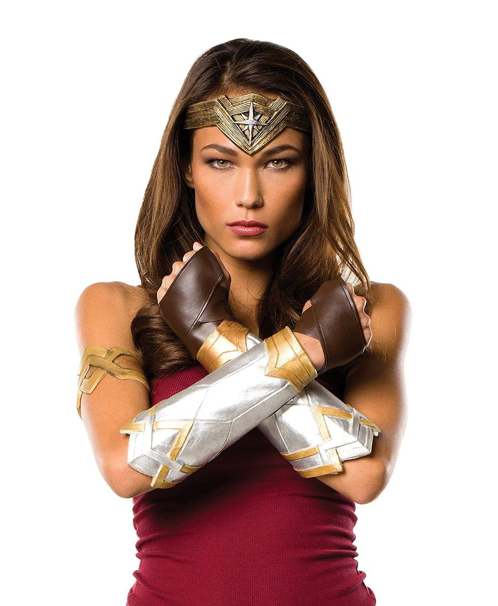 Justice League Wonder Woman Adult Deluxe Costume Accessory Set