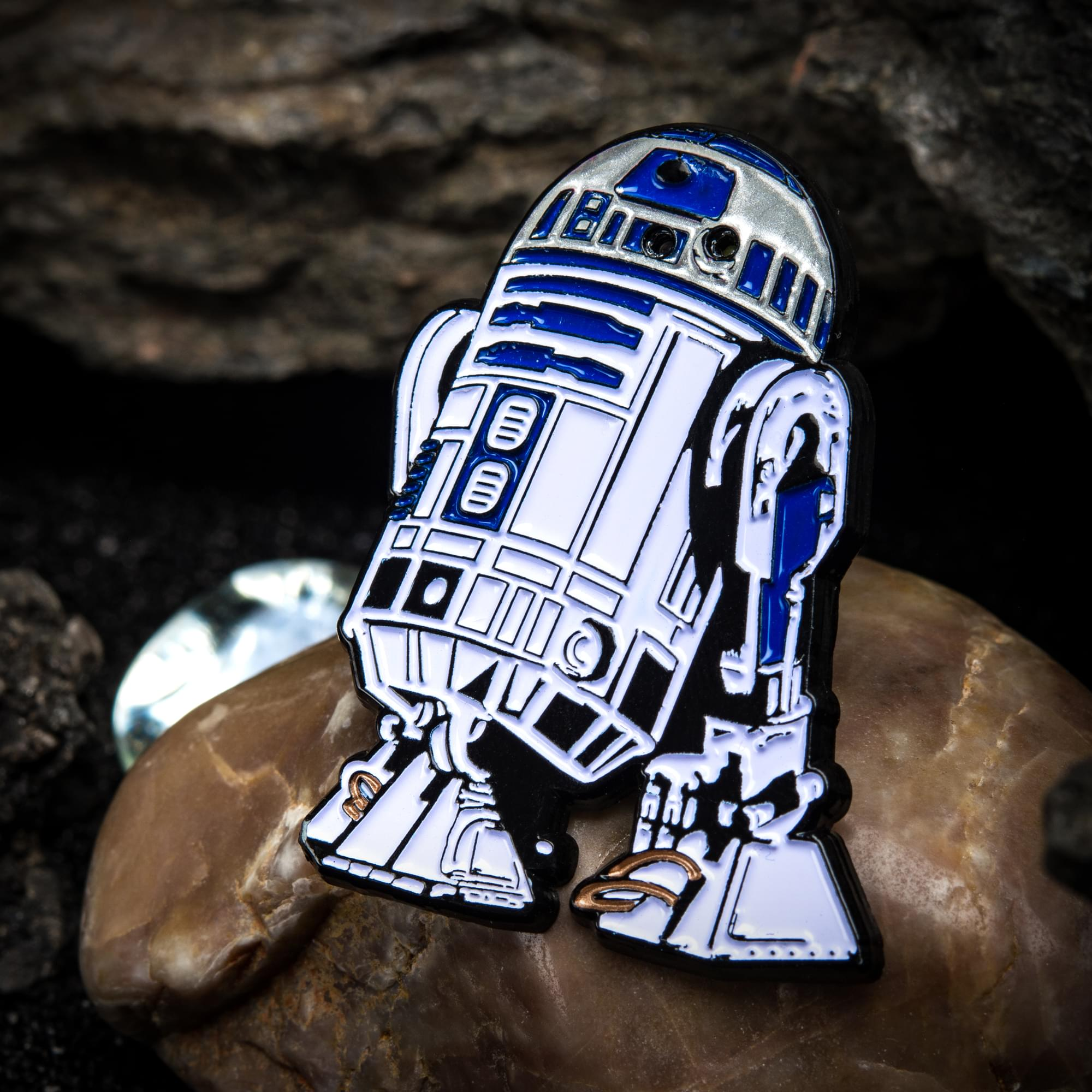 Star Wars R2-D2 Light Up Enamel Pin