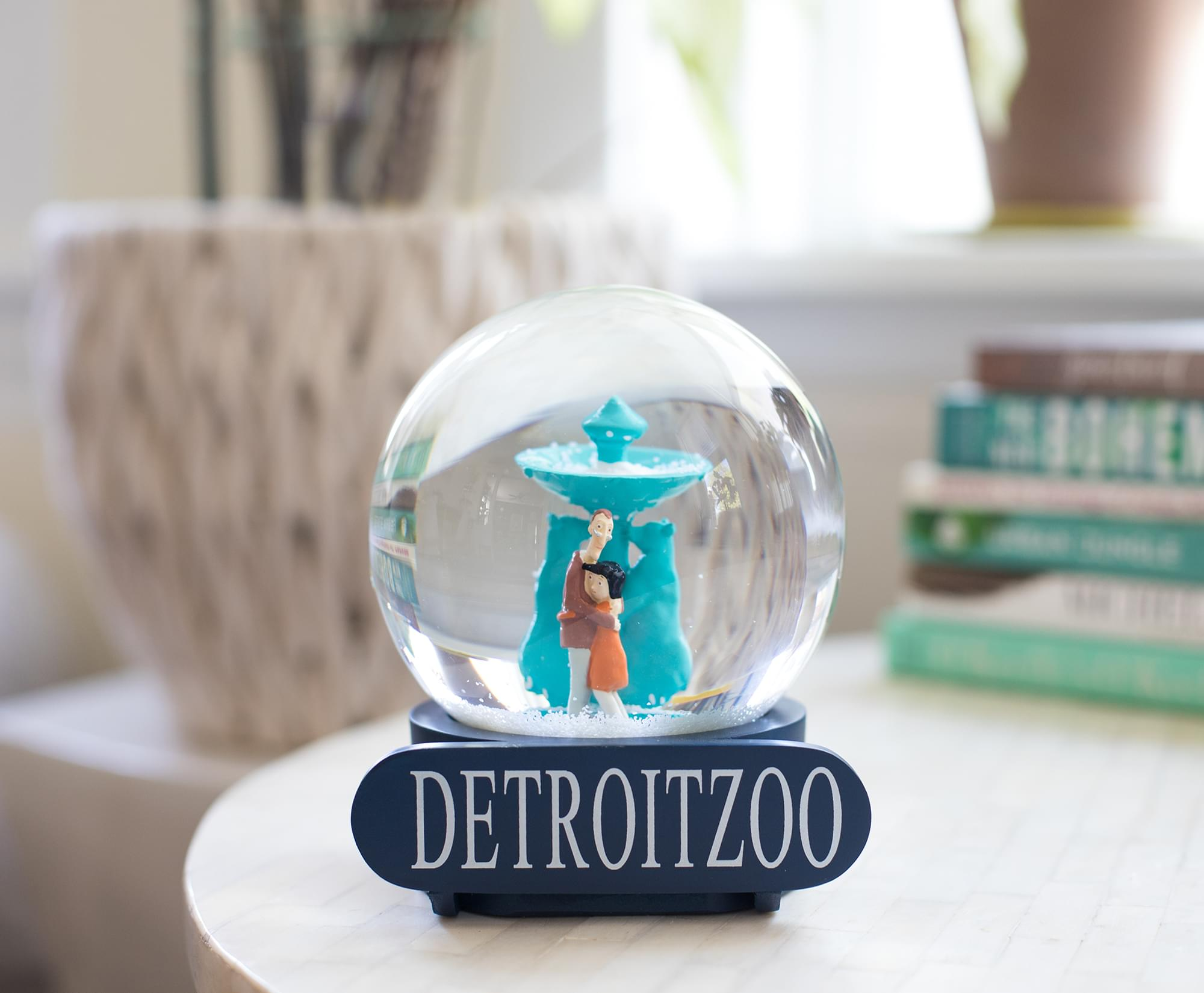 Coraline Snow Globe Detroit Zoo Collectible Display Piece 6 Inches T Toynk Toys