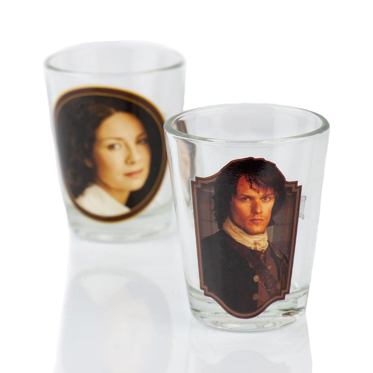 Outlander Collectibles Jamie and Claire Fraser Shot Glasses | Collectors Edition