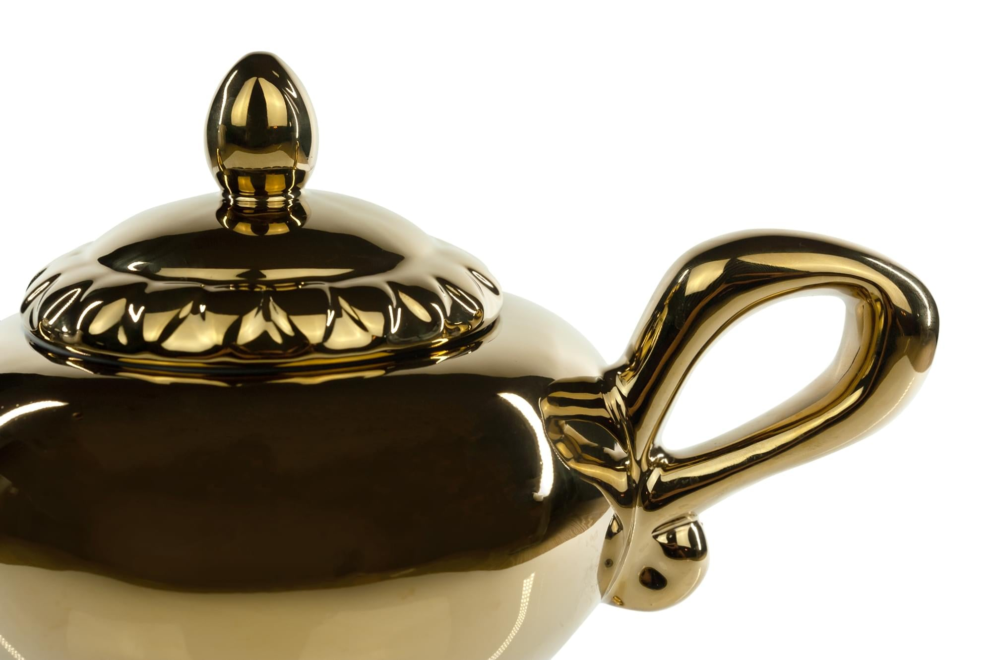 Disney Aladdin Genie Lamp 32oz Ceramic Teapot