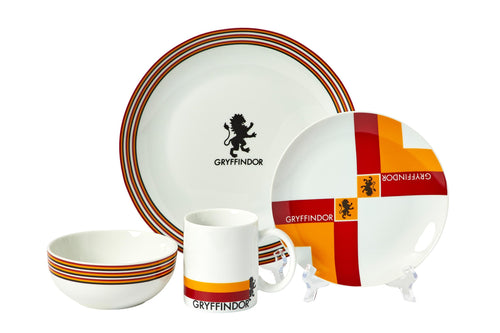 Harry Potter Gryffindor 16-Piece Dining Set | Set Includes Plates, Bowls, & Mugs