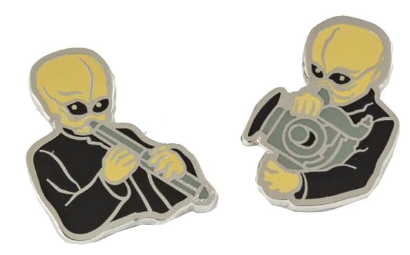 Cantina Villains Plush Set of 4 And 4 Exclusive Cantina Band Enamel Pins