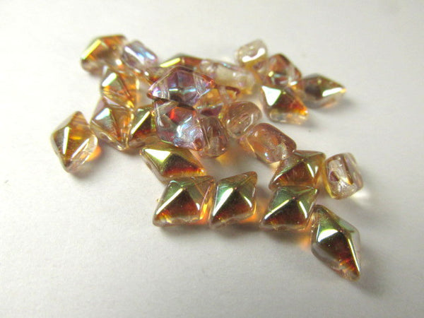 Old Bourbon Czech 2 Hole DiamonDuo Beads (25) - Odyssey Cache