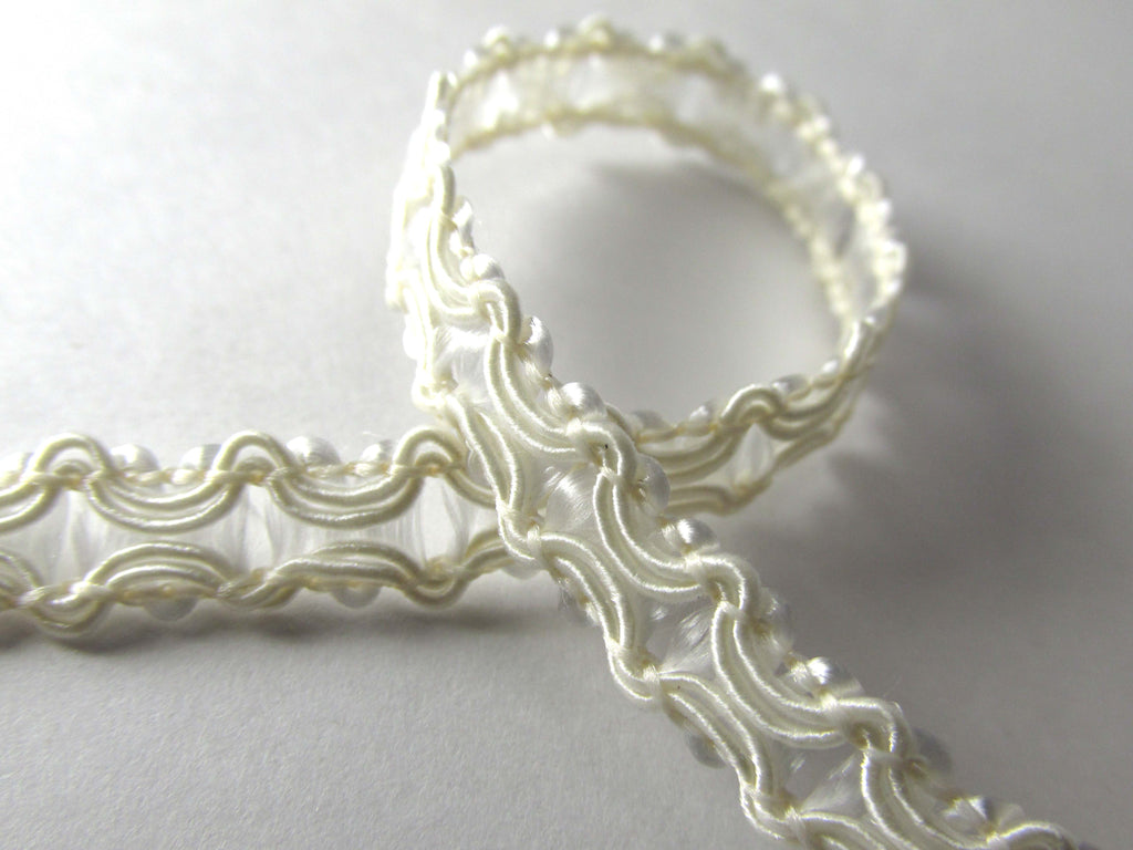 Inside Scalloped Lacy Look 7mm Wide Braided Trim in White or Ivory-Trims-Ivory-Odyssey Cache