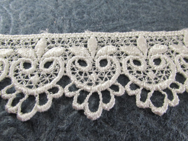Ivory Owls in 1.75 inch wide Scalloped Venise Lace Bridal, Costume or Decorator Trim-Trims-Odyssey Cache