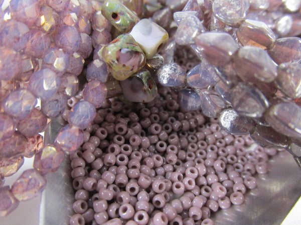 Beige Pink Marbled Opaque 11.0 Czech Glass Toho Seed Beads (10 grams) - Odyssey Cache