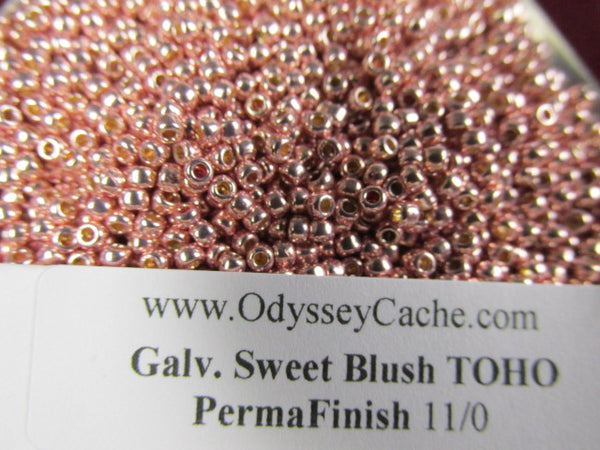 Galvanized Sweet Blush 8/0 or 11/0 Toho Rose Gold Czech glass seed beads (10 grams) - Odyssey Cache