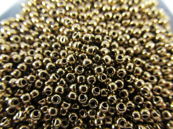 Bronze Metallic Finish 11.0 Toho Seed Beads (10 grams) - Odyssey Cache