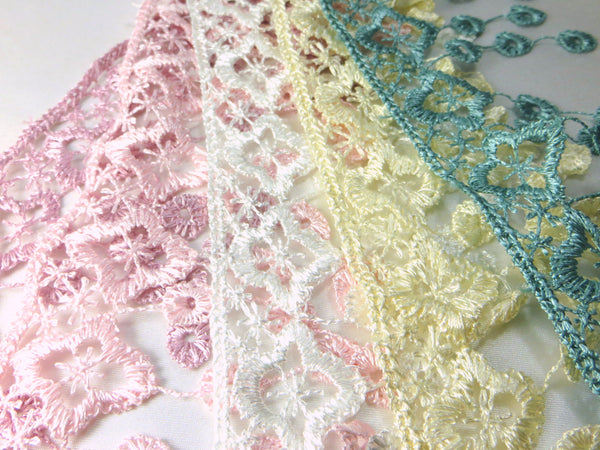White 3.5 inch Fringed Venise Lace Trim-Trims-Odyssey Cache