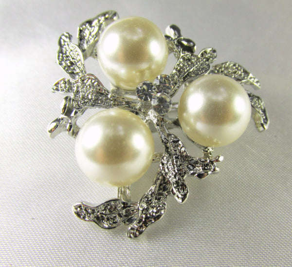 Silver Leaf and Cream Pearl Cluster 1.5 Inch Brooch-Brooch-Default Title-Odyssey Cache