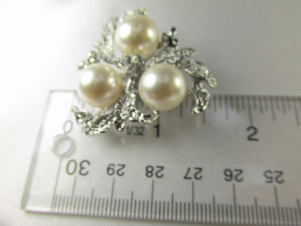 Silver Leaf and Cream Pearl Cluster 1.5 Inch Brooch-Brooch-Odyssey Cache