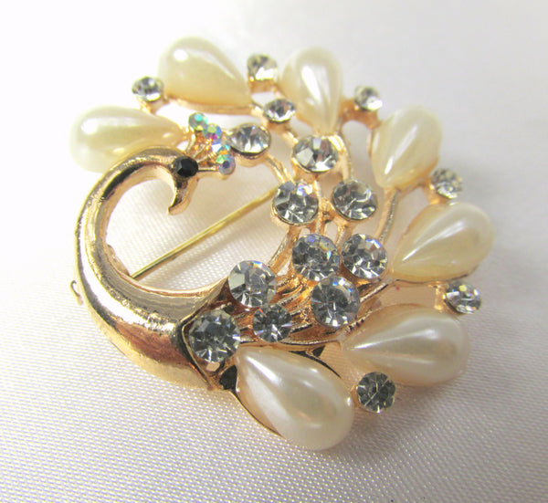 Small Peacock Brooch in Clear Crystals and Ivory Pearls in Gold-Brooch-Odyssey Cache