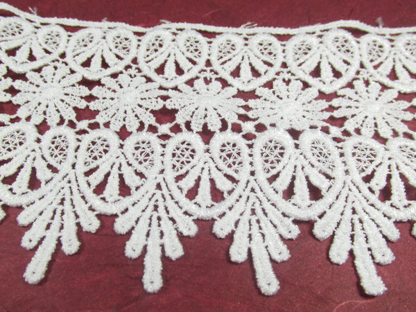 White or Ivory 4 Inch Bridal Heart and Daisy Fringed Venise Lace Trim - Odyssey Cache