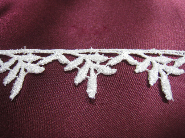 Falling Leaves Off White Venise Lace Trim-Trims-Odyssey Cache