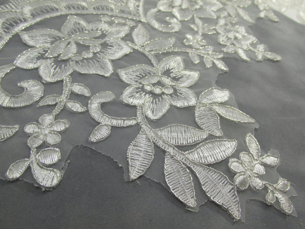 White Bridal 5.5 Inch Rose Floral Lace Trim - Odyssey Cache - 5