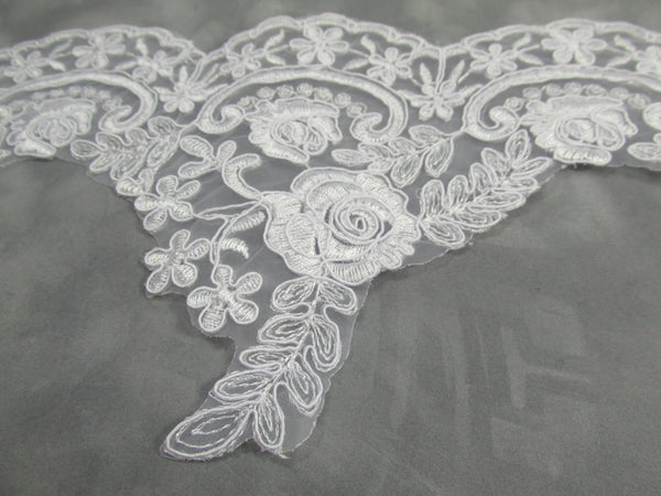 White Bridal 5.5 Inch Rose Floral Lace Trim - Odyssey Cache - 3