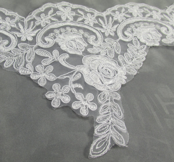 White Bridal 5.5 Inch Rose Floral Lace Trim - Odyssey Cache - 2