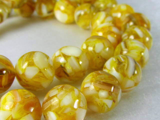 SALE - Gold and White Mother of Pearl and Resin 10mm round beads (15) - Odyssey Cache - 1